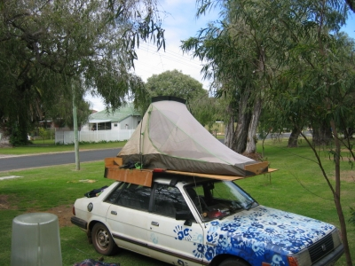 Photo Mystery - Do you know these Backpackers_1