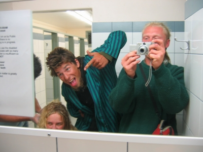Photo Mystery - Do you know these Backpackers_2