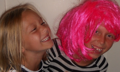red coolpix - 2 girls, pink wig_1