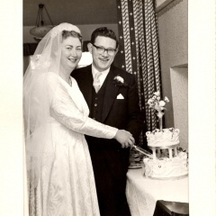 Mystery Wedding Photos (West London? 1950s/60s/70s?)_3