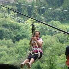 Lost in Yellowstone - Chinese - Japanese - Caves - ZIPLINE_3