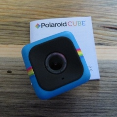 Lost Camera - Blue Polaroid Cube