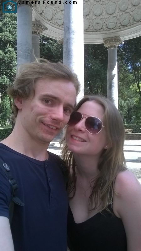 Owners of Black Samsung 14mp camera lost in Borghese Gardens - Rome_1