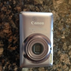 Lost Canon Powershot SD 940 blue